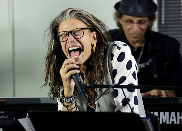 Responsibility「Steven Tyler Guest Speaker At Recovery Unplugged」:写真・画像(19)[壁紙.com]