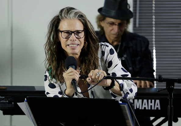 Responsibility「Steven Tyler Guest Speaker At Recovery Unplugged」:写真・画像(17)[壁紙.com]