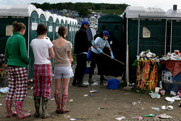 Music Festival「Glastonbury Toilets」:写真・画像(19)[壁紙.com]