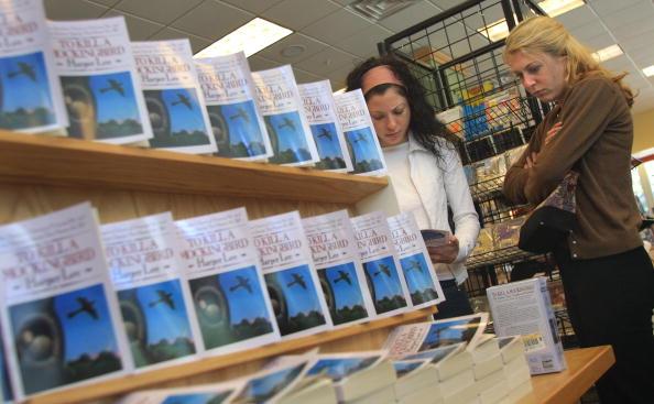 "Borders Books「Chicago Reads ""To Kill A Mockingbird""」:写真・画像(14)[壁紙.com]"