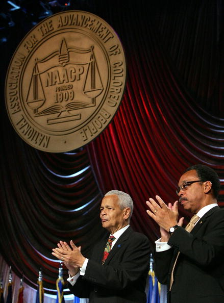 NAACP「Bush Addresses NAACP For The First Time In His Presidency」:写真・画像(14)[壁紙.com]