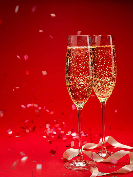 Champagne and confetti background (XXXL):スマホ壁紙(壁紙.com)