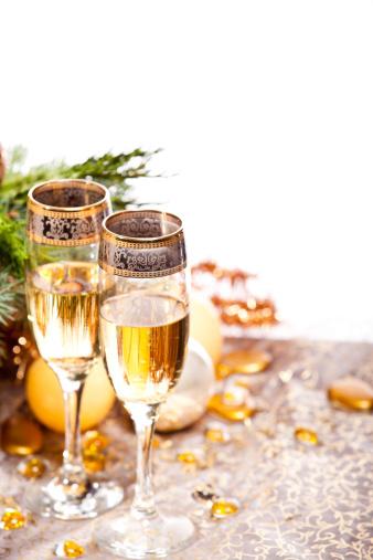 お正月「シャンパンでは、クリスマスと大晦日のパーティ」:スマホ壁紙(1)