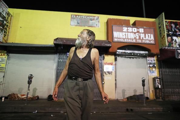 Homelessness「Los Angeles Seeks To Increase Restrictions On Homeless Sleeping On Sidewalks」:写真・画像(11)[壁紙.com]