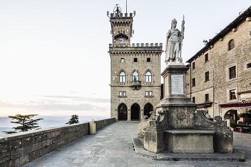 Female Likeness「Piazza della Libertà, the Palazzo Pubblico (Public Palace, Town Hall) and the  Statua della Libertà (Statue of Liberty) by Stefano Galletti (1876)」:スマホ壁紙(6)