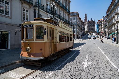 World Heritage「Historic tram in Porto」:スマホ壁紙(8)