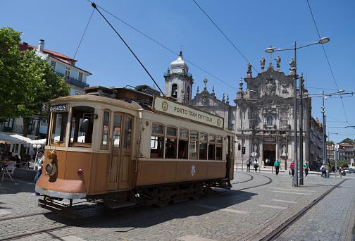 World Heritage「Historic tram in Porto」:スマホ壁紙(6)