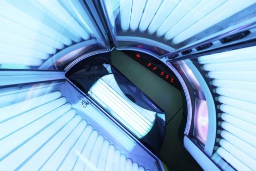 Spinning「Inside active tanning bed」:スマホ壁紙(18)