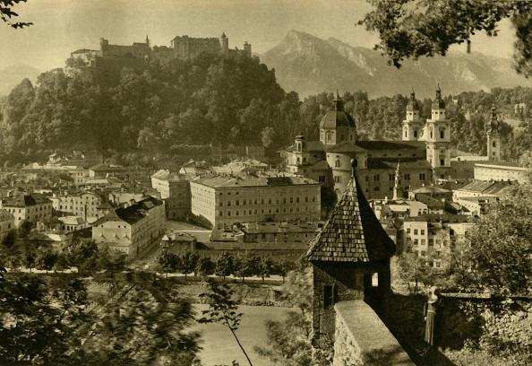 Hohensalzburg Fortress「Salzburg From The Kapuzinerberg」:写真・画像(1)[壁紙.com]