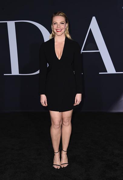 写真「Premiere Of Universal Pictures' 'Fifty Shades Darker' - Arrivals」:写真・画像(11)[壁紙.com]