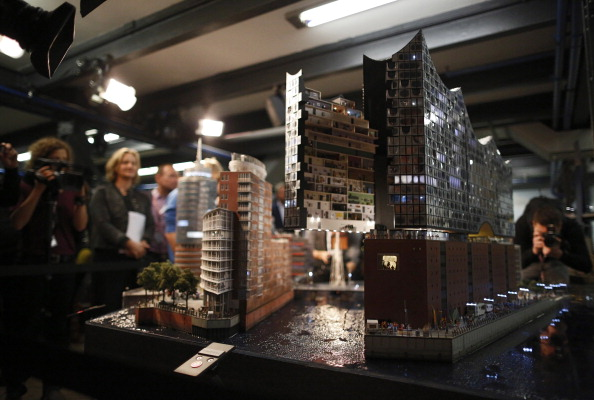 Variation「Elbe Philharmonic Hall In Miniature Opens To The Public」:写真・画像(14)[壁紙.com]