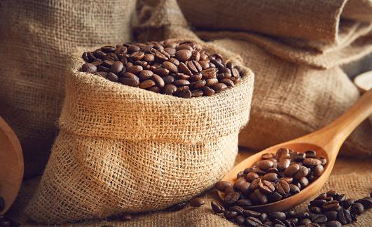 Love - Emotion「Coffee burlap and coffee bean」:スマホ壁紙(18)