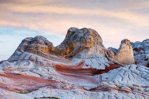 Moody Sky「Amazing sunset over Vemillion Cliffs, Arizona, USA」:スマホ壁紙(11)