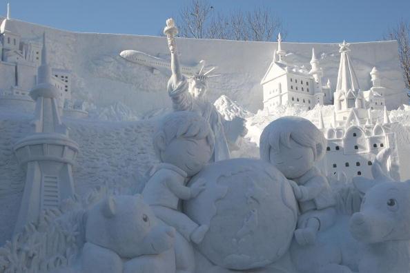 Mombetsu Ice Festival「Sapporo Snow Festival Preparation」:写真・画像(10)[壁紙.com]