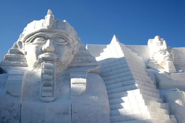 Mombetsu Ice Festival「Sapporo Snow Festival Preparation」:写真・画像(13)[壁紙.com]