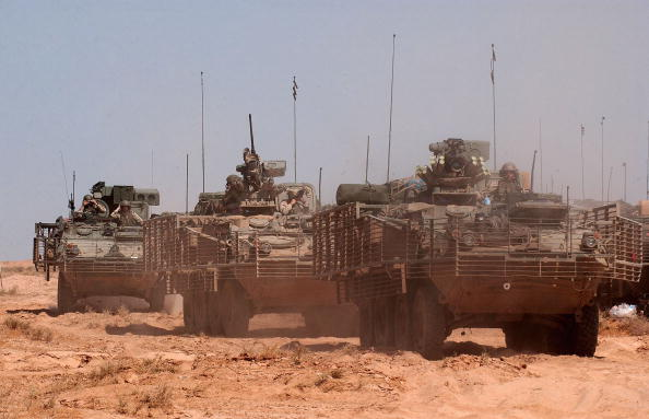 Baghdad「U.S. Troops Prepare For Possible Najaf Operation」:写真・画像(6)[壁紙.com]