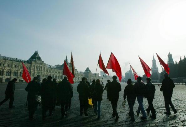 Patriotism「Russian Communists Mark 50th Anniversary Of Stalin's Death」:写真・画像(4)[壁紙.com]