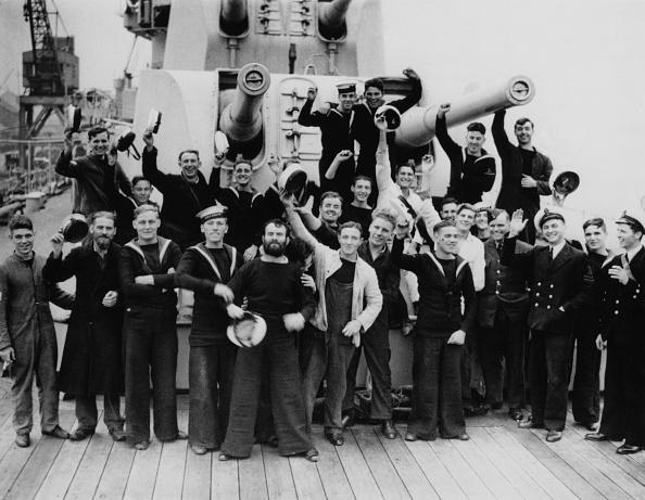 Battle「HMS Ajax Crew Return」:写真・画像(17)[壁紙.com]