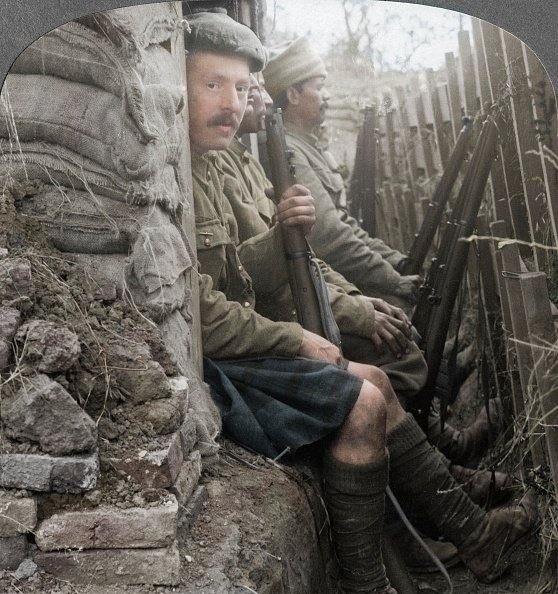 Color Image「Indian Soldiers In The Trenches」:写真・画像(9)[壁紙.com]