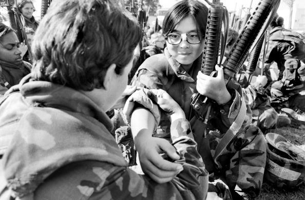 Tom Stoddart Archive「Women Marines」:写真・画像(8)[壁紙.com]