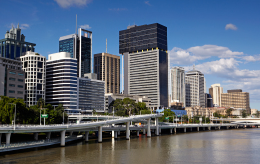 昼間「Brisbane River with skyscrapers」:スマホ壁紙(7)