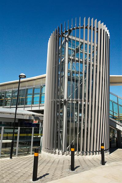 Bollard「Langdon Park DLR station, East London, UK」:写真・画像(13)[壁紙.com]