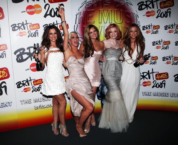 Cocktail Dress「The Brit Awards 2009 - Winners Boards」:写真・画像(14)[壁紙.com]
