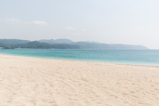 リゾート地「Okuma Beach, Okinawa, a Desolate White Coral Sand Beach in the North of the Island」:スマホ壁紙(13)