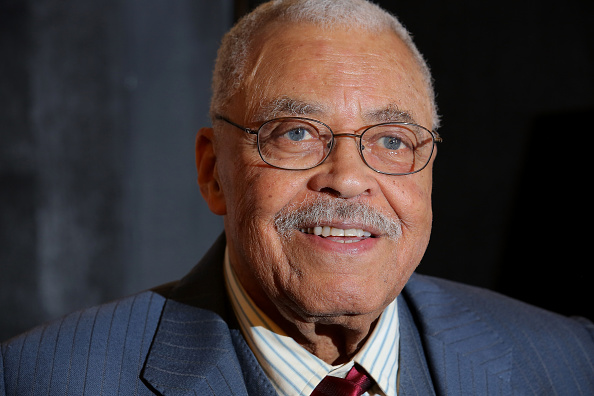 James Earl Jones「'The Gin Game' Broadway Opening Night - After Party」:写真・画像(1)[壁紙.com]