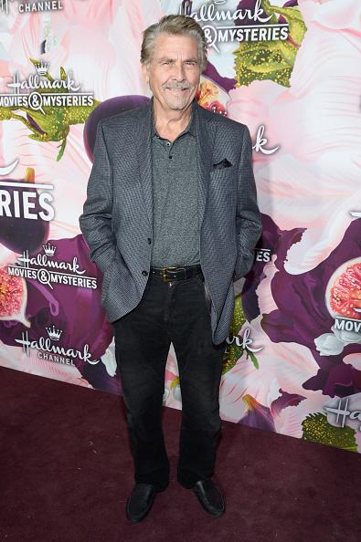 Mystery「Hallmark Channel And Hallmark Movies And Mysteries Winter 2018 TCA Press Tour - Red Carpet」:写真・画像(11)[壁紙.com]