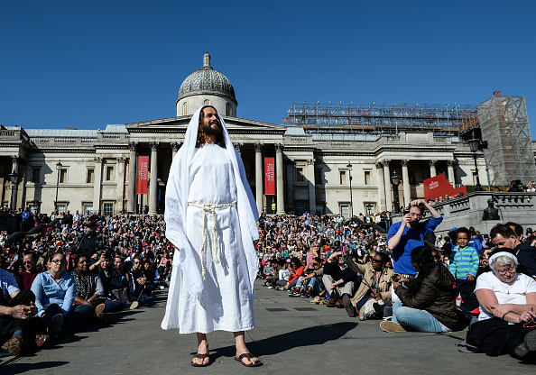 登場「Actors From The Wintershall Estate Perform The Passion Of Jesus」:写真・画像(9)[壁紙.com]