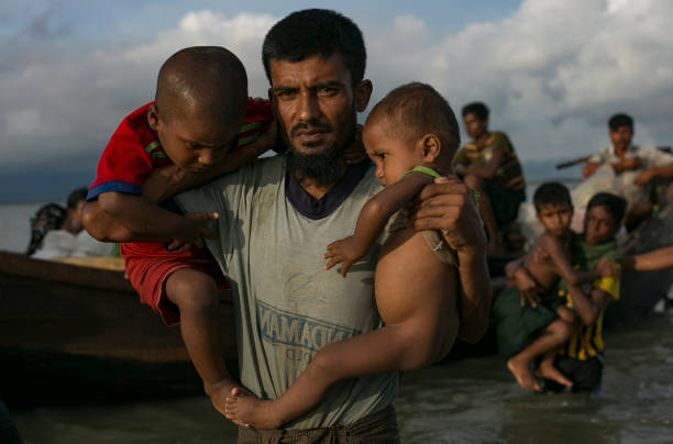 Rohingya Refugees Flood Into Bangladesh:ニュース(壁紙.com)
