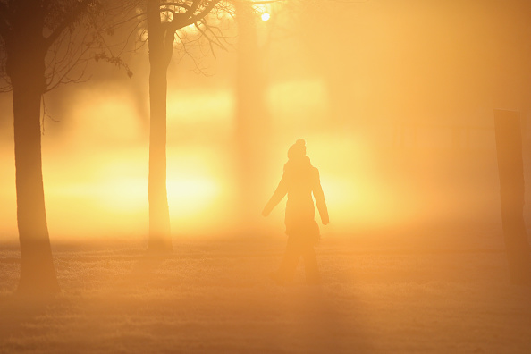 Clapham Common「Health Warnings Issued As Freezing Fog Envelops The UK」:写真・画像(15)[壁紙.com]