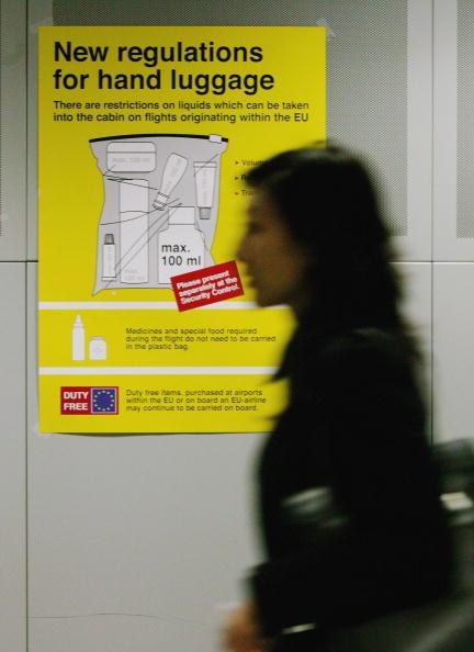 Security「New Air Passenger Restrictions on Carrying Liquids」:写真・画像(10)[壁紙.com]