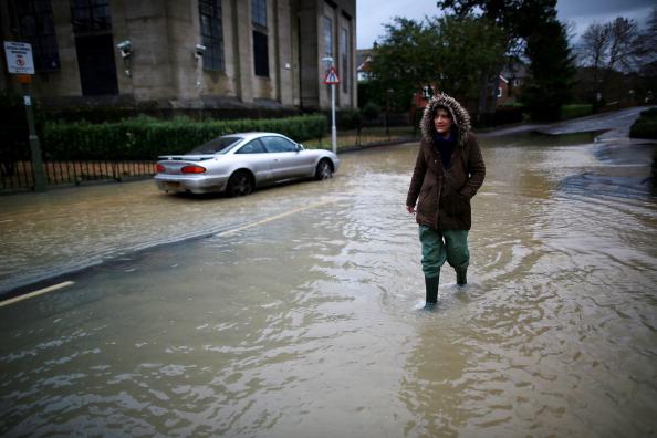 Land Vehicle「Further Flooding Across Britain After Heavy Rain」:写真・画像(2)[壁紙.com]