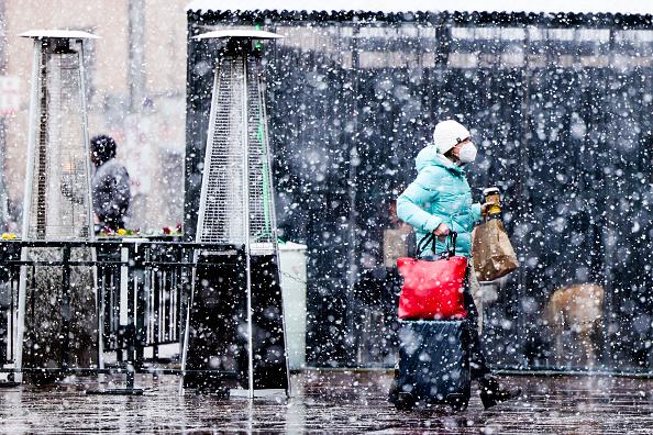 Michael Ciaglo「Denver Braces For Massive Snow Storm」:写真・画像(2)[壁紙.com]
