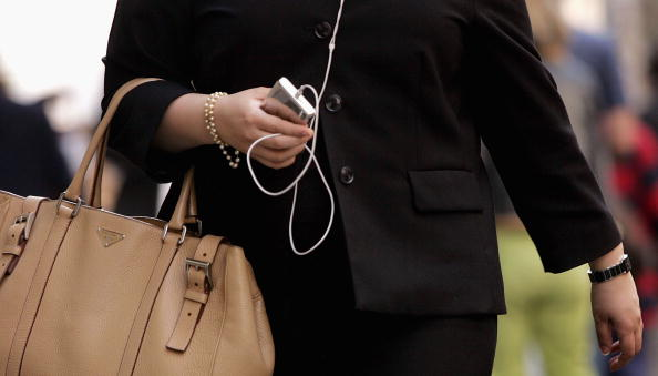 音楽「iPod Thefts Contribute To Surge In Crime」:写真・画像(16)[壁紙.com]