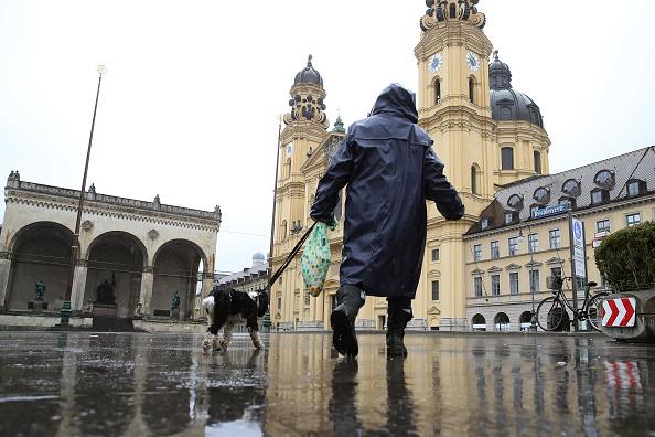 Magnet「Bavaria Starts Dawn-To-Dusk Curfew As Measure To Slow Coronavirus Spread」:写真・画像(5)[壁紙.com]