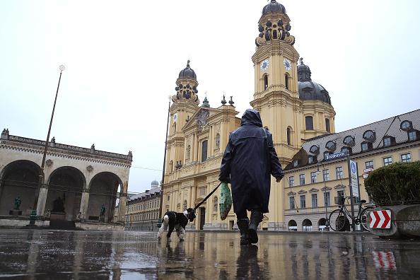 Magnet「Bavaria Starts Dawn-To-Dusk Curfew As Measure To Slow Coronavirus Spread」:写真・画像(4)[壁紙.com]