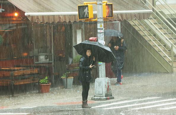雨「Rain Storms In New York City Cause Flash Flood Warnings」:写真・画像(8)[壁紙.com]