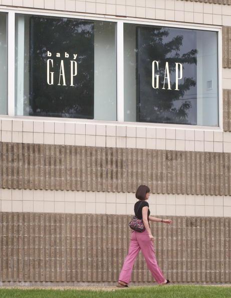 Tim Boyle「Gap Issues Social Responsibility Report On Its Overseas Factories」:写真・画像(13)[壁紙.com]