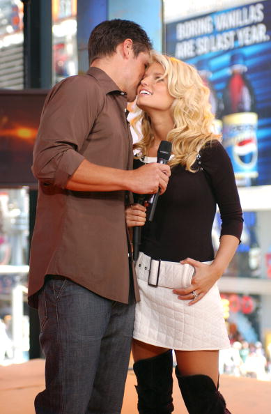 Cable Television「Nick Lachey And Jessica Simpson」:写真・画像(14)[壁紙.com]