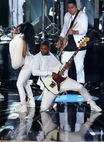 Usher - Singer「2014 MTV Video Music Awards - Show」:写真・画像(19)[壁紙.com]