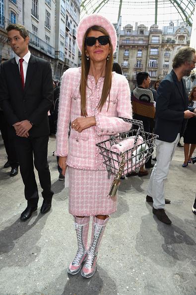 Pink Jacket「Chanel : Front Row  - Paris Fashion Week Womenswear Spring/Summer 2015」:写真・画像(11)[壁紙.com]