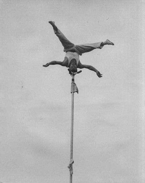 Balance「Johnny Caross」:写真・画像(8)[壁紙.com]