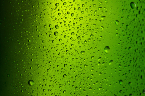 霜「冷たいビール(ボトル)」:スマホ壁紙(17)