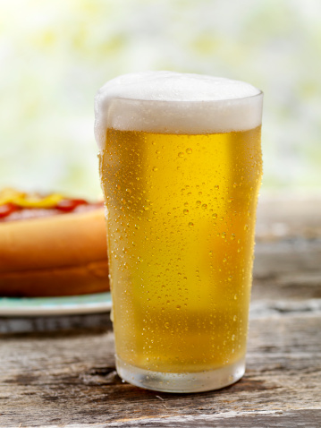 Soft Focus「Ice Cold Beer and a Hot Dog」:スマホ壁紙(4)