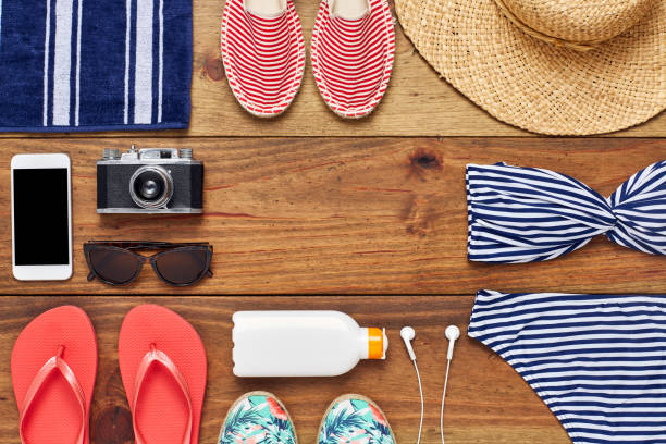 Directly above shot of travel and beach accessories flat lay:スマホ壁紙(壁紙.com)