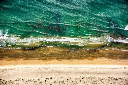 Algae「Directly Above a California Beach」:スマホ壁紙(1)