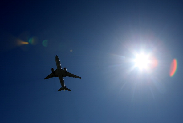 飛行機「Durable Goods Orders Rise In July On High Demand For Civilian Aircraft」:写真・画像(12)[壁紙.com]